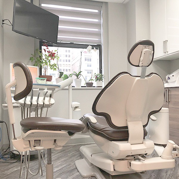 Lenox Hill dental exam room
